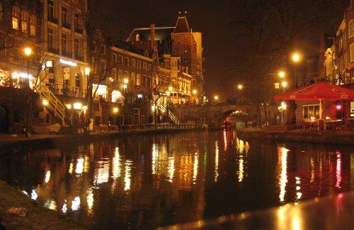 Utrecht2012BeiNacht.jpg