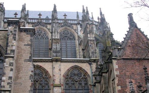 Utrecht2012DomGotik.jpg