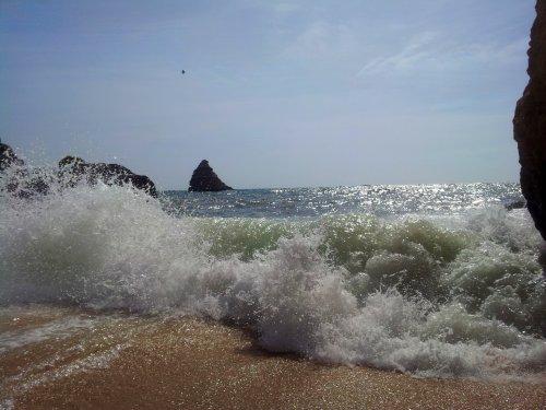 PraiaDonaAnaWellen.jpg