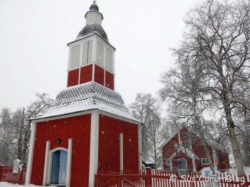 Schweden2017_Jukkasjaervi_KircheAussen.jpg