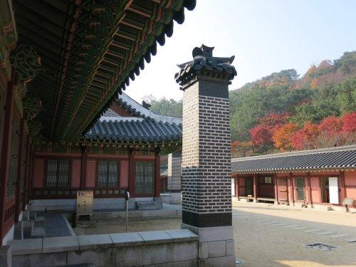 SuwonHwaseongPalast2.jpg