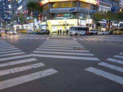 SuwonKreuzung.jpg