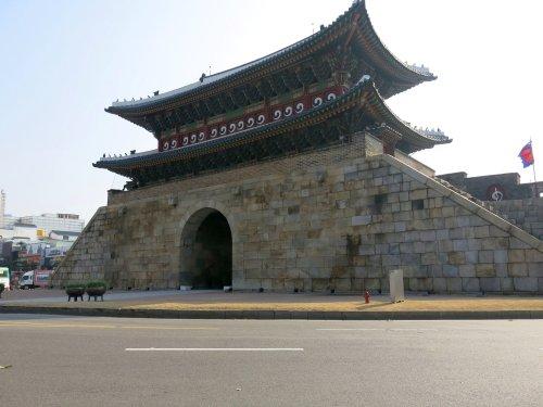 SuwonPaldalmunGate.jpg