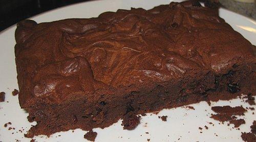 BrowniesMitKirschen.jpg