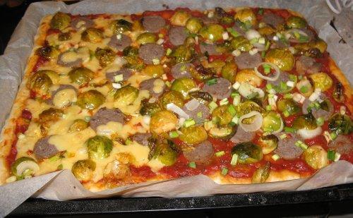 RosenkohlPizza.jpg