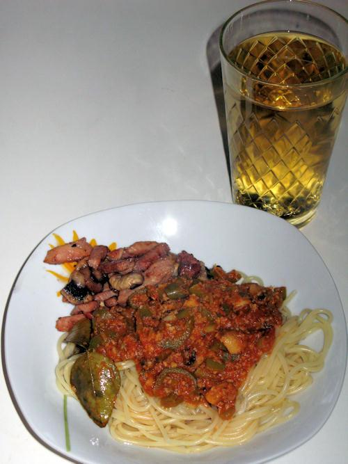 SpaghettiMitAsiatischerTomatensauce.jpg