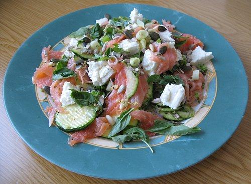 ZucchiniFetaLachsSalat.jpg